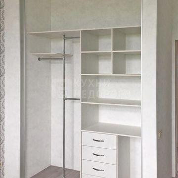Гардеробный шкаф Плимут