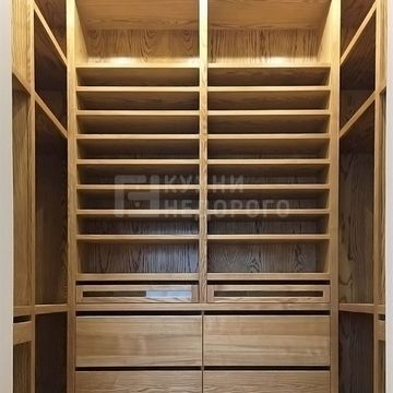 Гардеробный шкаф Бернардино