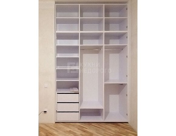 Гардеробный шкаф Ганнисон