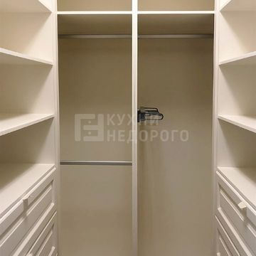 Гардеробная комната Сьерра