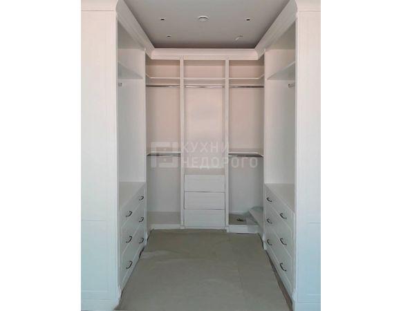 Гардеробная комната Стэмфорд