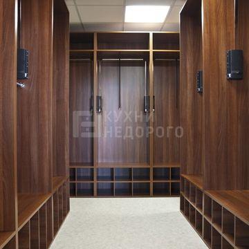 Гардеробная комната Дженсен