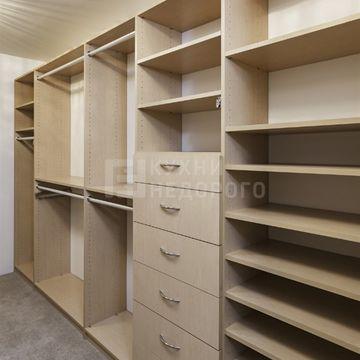 Гардеробная комната Фарго