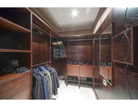 Гардеробная комната Милфорд