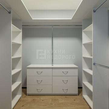 Гардеробная комната Бербанк