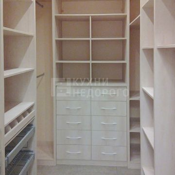 Гардеробная комната Рапидс