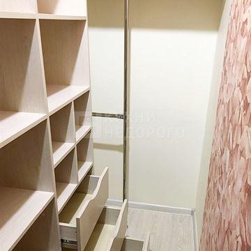 Гардеробная комната Августа - фото 2