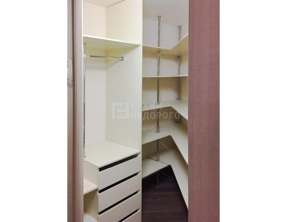 Гардеробная комната Эберн