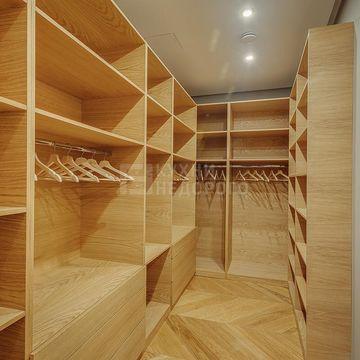 Гардеробная комната Кингслэнд