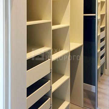 Гардеробный шкаф Сентро