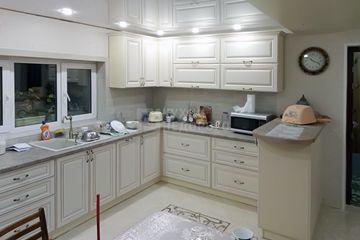 Кухня Лаки