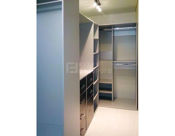 Гардеробная комната Патус - фото 2