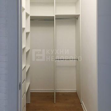 Гардеробная комната Бедрес
