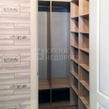 Гардеробная комната Волви - фото 2
