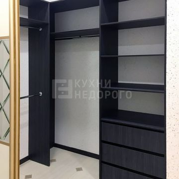 Гардеробная комната Эйнсли - фото 3