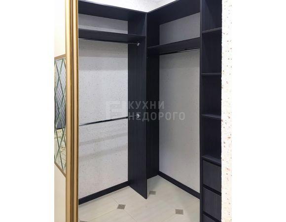 Гардеробная комната Эйнсли - фото 4