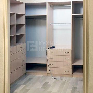 Гардеробная комната Финлей