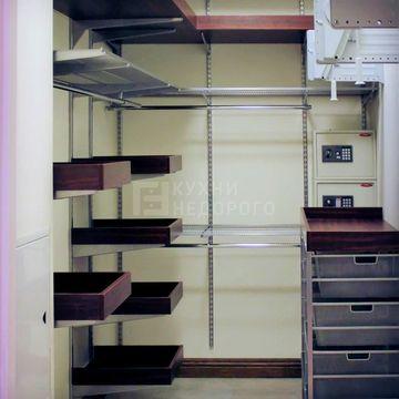 Гардеробная комната Ханто