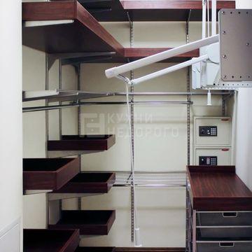 Гардеробная комната Ханто - фото 2