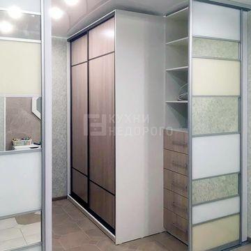 Гардеробная комната Баринго
