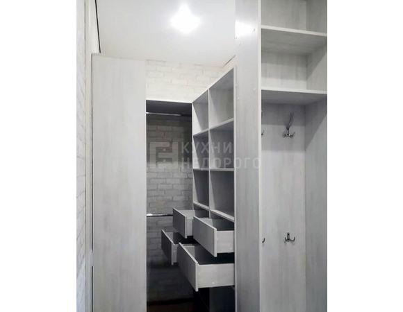 Гардеробная комната Тахо